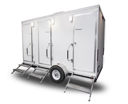 Comforts 3-Stall Trailer